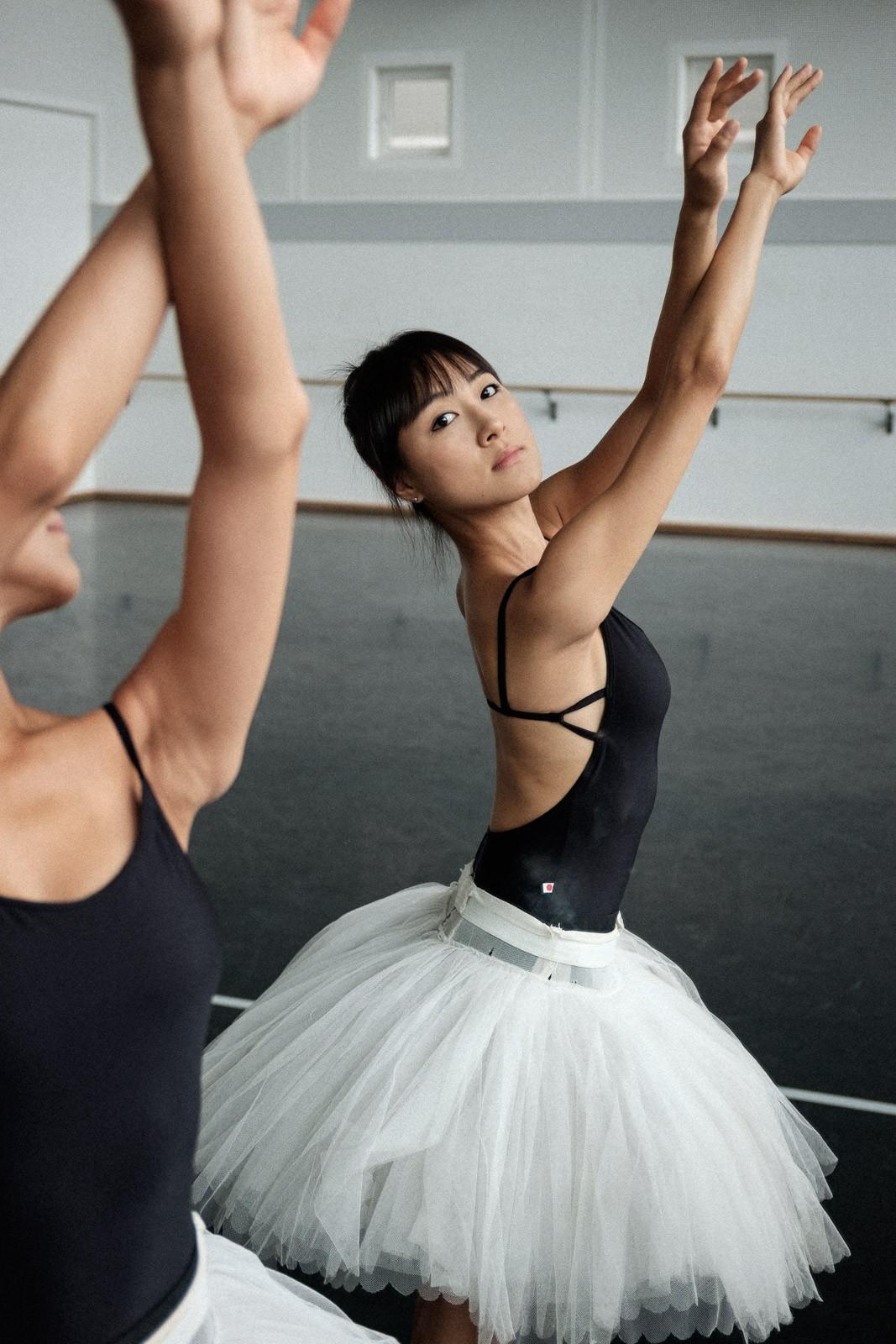 backstage-ballet-02.jpg