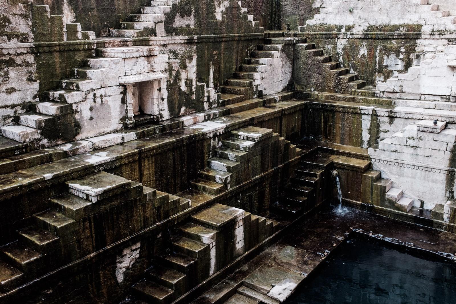 india jodhpur stelwell water stairs