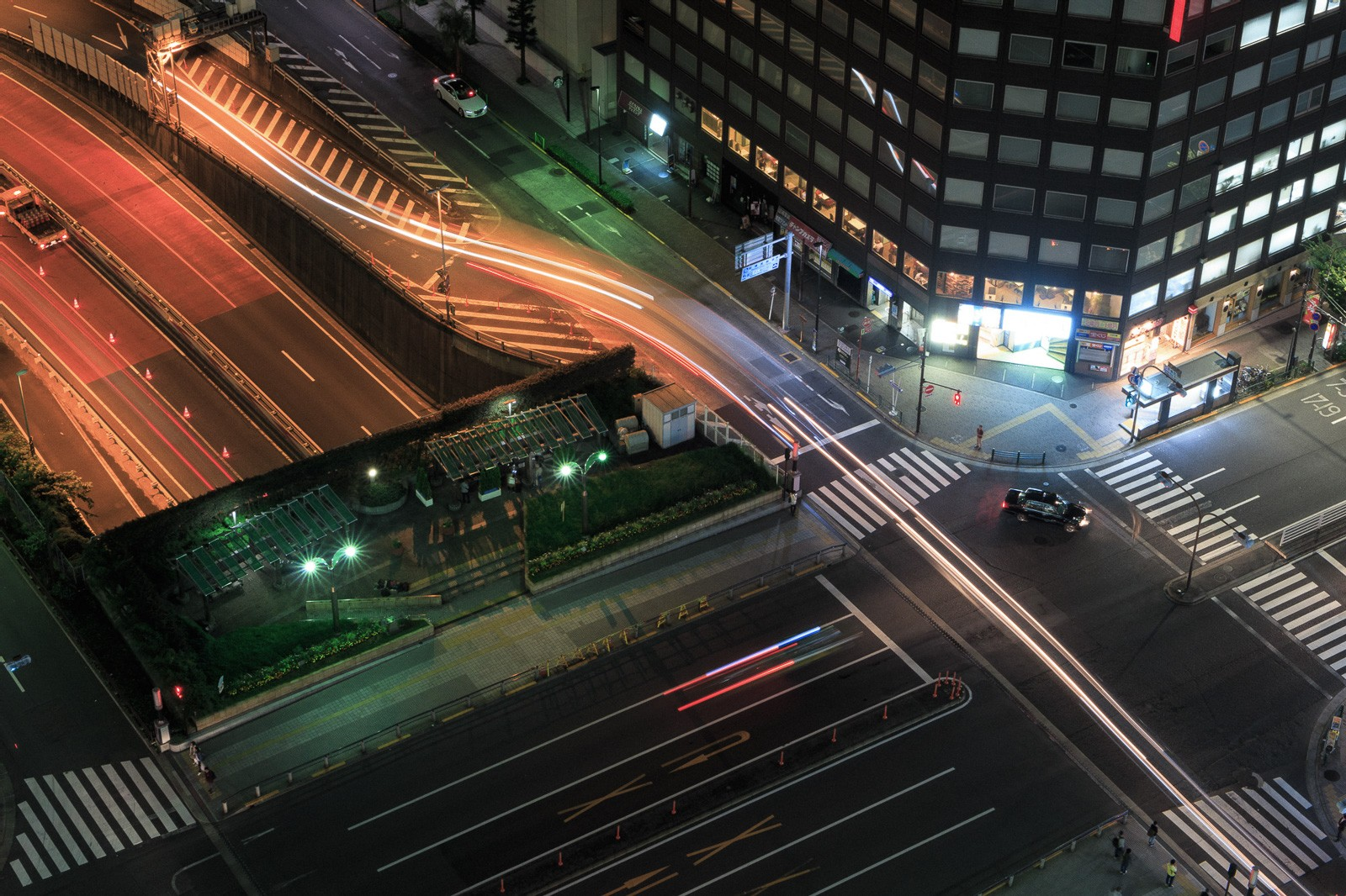 neon-nights-16.jpg