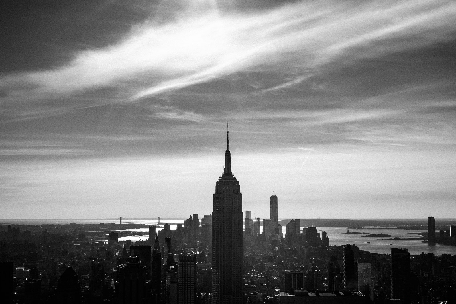 view of south manhattan and empire state building in new york from rockefeller center